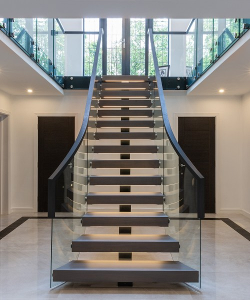 First Steps Designs – Curved Spine Staircase
